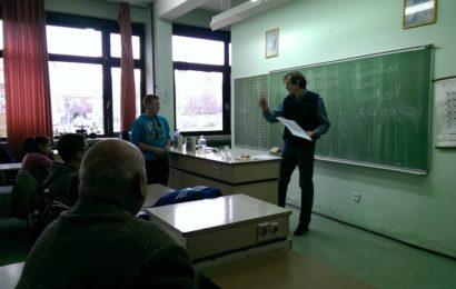 Urnebesna fizika u školi u Titelu