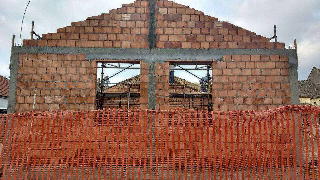 crveni krst titel nova zgrada