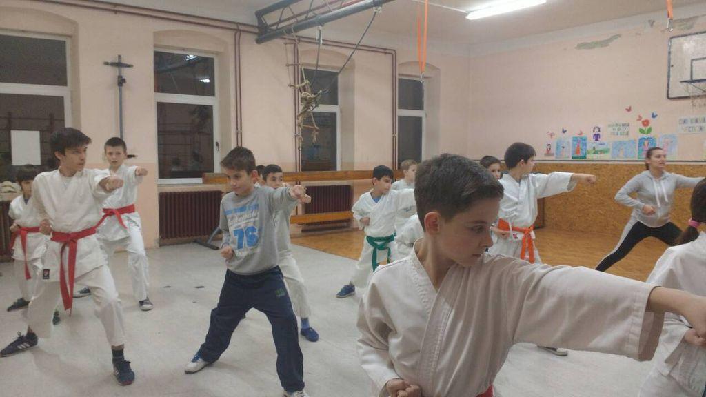 karate klub crni pojas titel