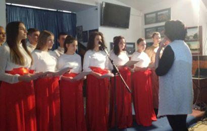 Titeljani pevaju u Grčkoj