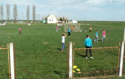 Fudbalski klub Miletić Mošorin od Opportunity banke dobija nove reflektore
