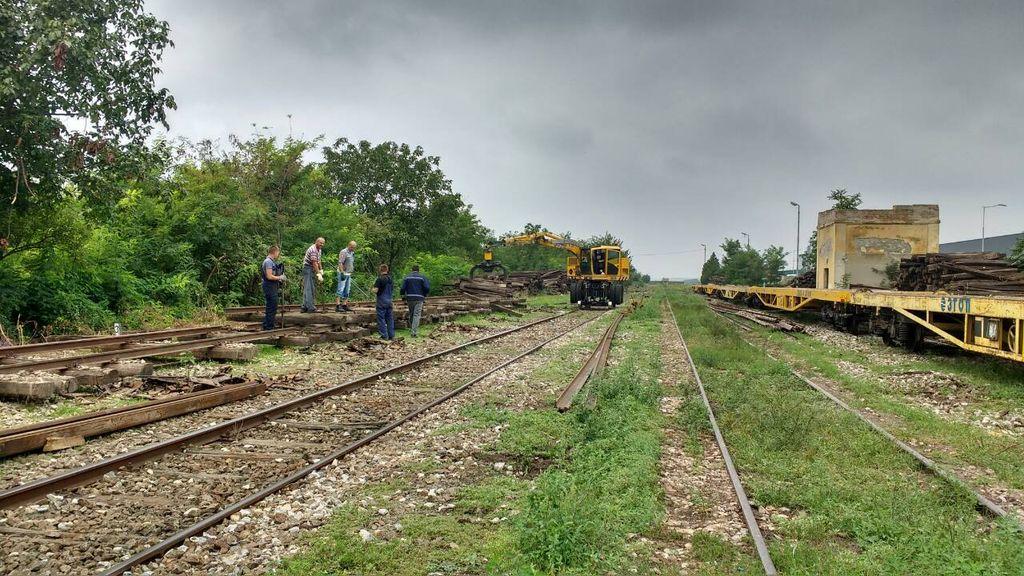 zeleznica pruga radovi titel gornja stanica