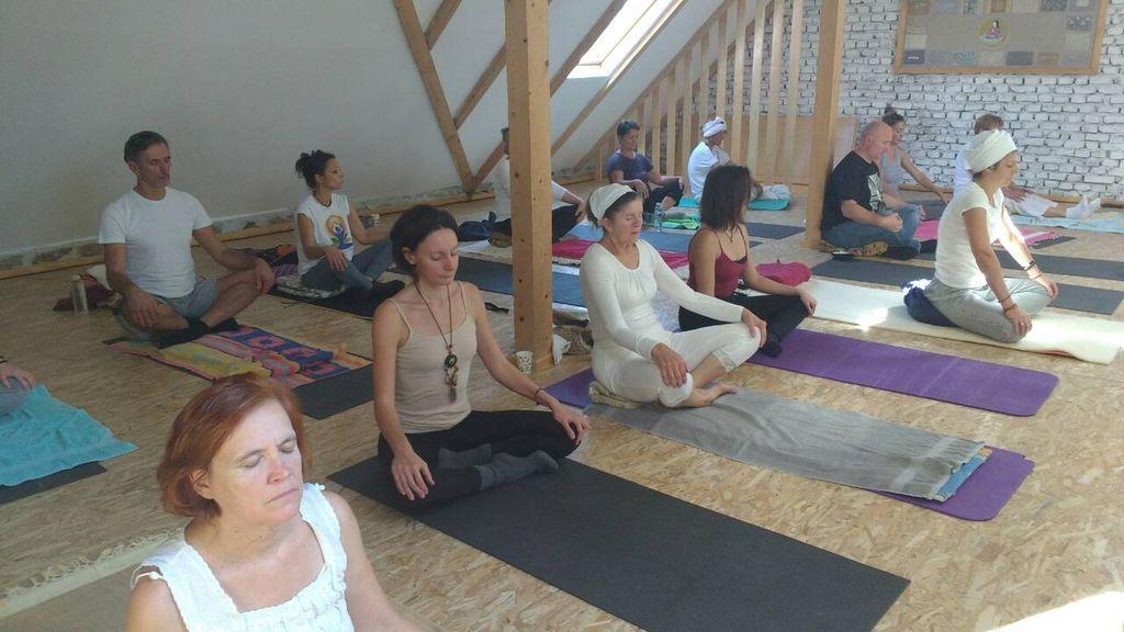 joga studio titel 3 godine postojanja