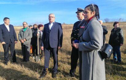 Opština Titel danas zasadila 500 novih sadnica